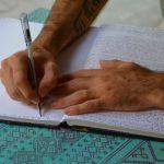 HOW TO WRITE ARGUMENTATIVE ESSAY