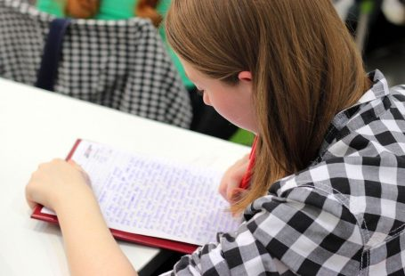 Learn How to Write an Essay - You Can Do It